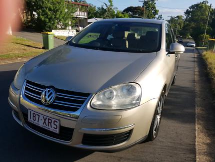 Luxury sedan with ROADWORTHY  on diesel leather and VERY LOW KMS