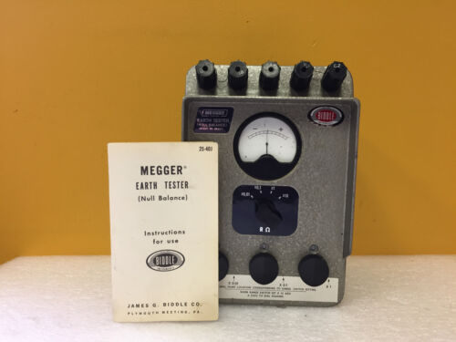 Biddle / Megger 63220 0.01 to 9,990 Ohms, 4 Ranges Earth Tester. Tested + Manual