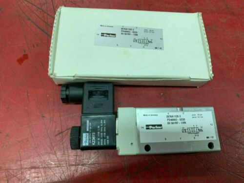 NEW IN BOX PARKER SOLENOID VALVE PD40663-0233