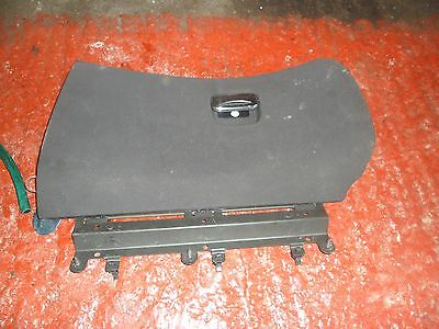 ALFA 147/GT BLACK GLOVE BOX LID COMPLETE WITH HANDLE 00-11