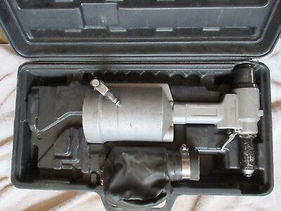 Blue Pneumatic Rivet Gun Riveter Bp5r3 With Case. Style Number Two