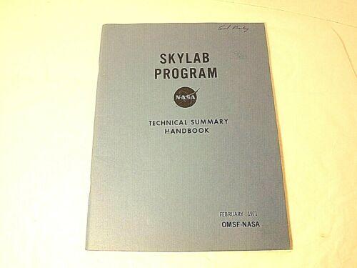 Skylab Program Technical Summary NASA 1971 Illustrated 71 pp.