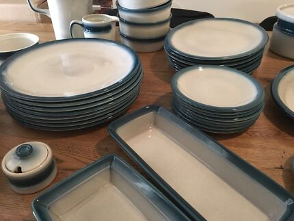Retro Wedgwood Pacific Blue dinner service