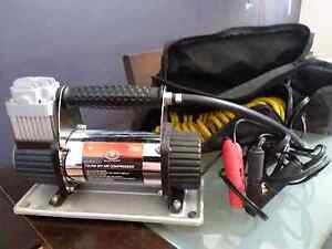 4x4 air compressor Beaconsfield Fremantle Area Preview