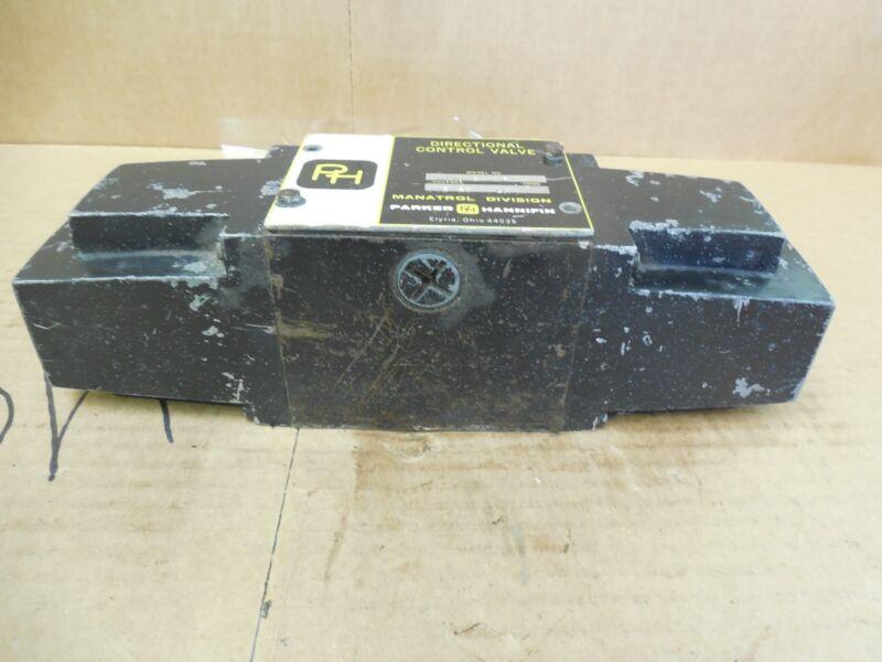 Parker Hannifin Directional Control Valve 11101C1NYF 115 V Volt Used