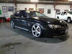 ONLY 124990 KMS WITH LOG BOOKS 2003 HSV Clubsport R8 Automatic Sedan Bentley Canning Area Preview