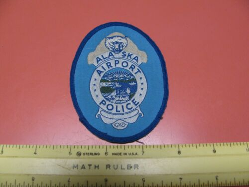 OLDER AIRPORT POLICE DEPARTMENT COLORED BEAR PATCH ~NICE~