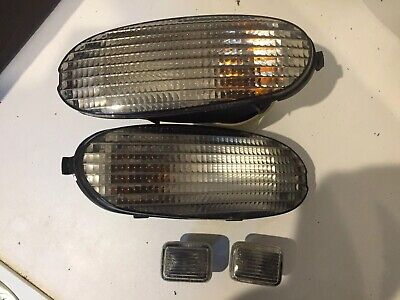 FAST DISPATCH CAR PART 1998 FORD MONDEO 1.8 16v SIDE REPEATER INDICATOR x2