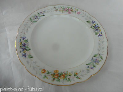 """FISCHER AND MIEG CZECHOSLOVAKIA 1887-1918 , HAND PAINTED 9 1/2"""" FLOWER PLATE."""