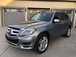 2013 Mercedes-Benz GLK 250 Bluetech in beautiful condition!
