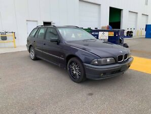 2000 BMW 528i Wagon