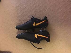 NIKE ID Tiempo's size 11 1/2 UK Morley Bayswater Area Preview