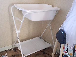 Baby bath and stand Chermside Brisbane North East Preview