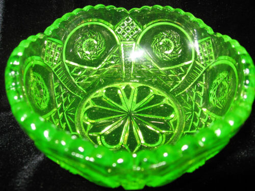 Antique Depression intense Uranium Green 4.25X2.5 Hobstar Candy Bowl On Sale Now