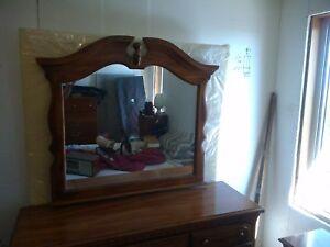 dresser mirror and side table kroehler