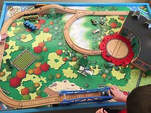 Thomas playboard for table