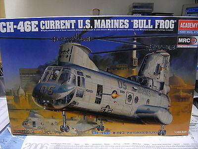 Academy 2226 1:48 Hubschrauber CH-64E US.Marines NEU OV