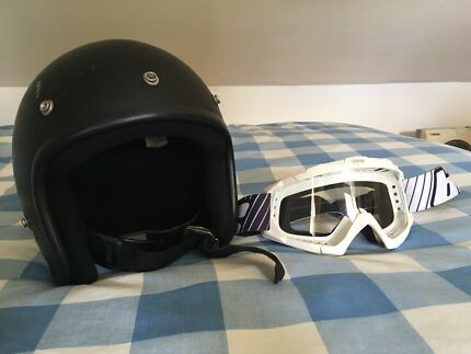 classic open face helmet with mx googles