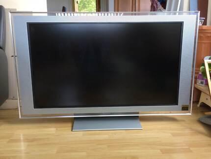 Sony Bravia KDL-46X2000 Full HD TV