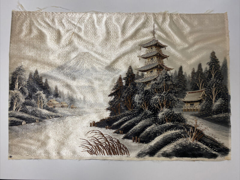 Antique Japanese Handmade Embroidery Silk Cloth Tapestry