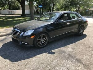 2010 Mercedes e350 4 matic AMG Fully Loaded Financement Échange