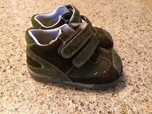 Brand New Suede & Leather Boys Shoes size 7
