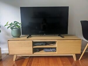Lounge Lovers rubber wood TV unit in excellent used condition
