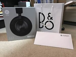 BRAND NEW B&O H7 - Read**
