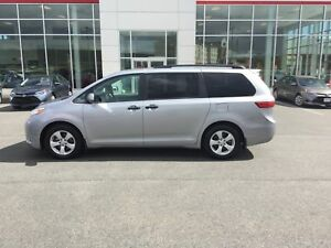 2016 Toyota Sienna 7 Passenger BU CAMERA; BLUETOOTH;ALLOYS; R...