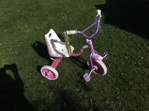 Tricycle de barbie