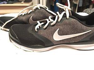Nike running shoes 8.5