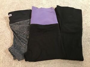 3 pairs of workout capris