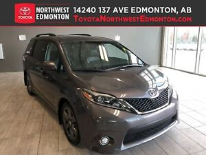 2017 Toyota Sienna SE | 8 Pass | Nav | Backup Cam | Heat Seats |