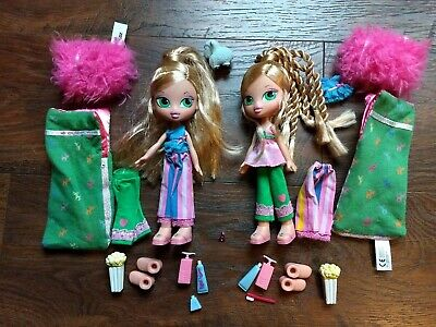 "BRATZ Kidz ""Sleep-over Adventure"" 2 Dolls, Sleeping Bags, Pillow, Popcorn, PJs +"