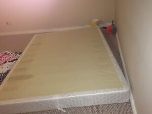 Box for queen size bes London Ontario image 1