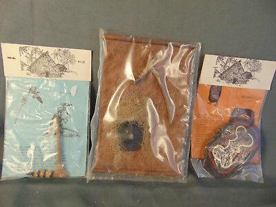 Artifacts Papua New Guinea cultural art  war spear bow arrow grass skirt crafts