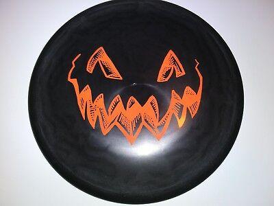 Halloween-disc-golf (New 2014 Innova DX Roc Pumpkin Halloween Disc Golf 180g)