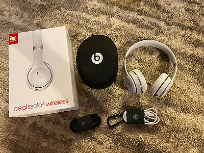 Genuine Beats by Dr. Dre Solo 3 Wireless In Silver!!  US Seller!!
