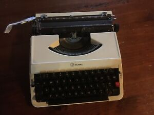 Retro Portable Typewriter  (Litton) -- (with cover and carry handle)