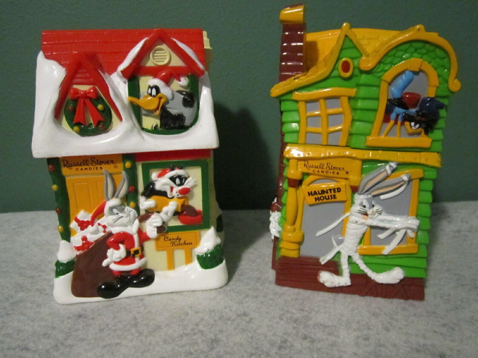 Russell Stover Halloween Christmas Looney Tunes Banks Bugs Bunny Daffy Duck Taz