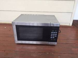 Microwave and Convection Oven Willoughby Willoughby Area Preview