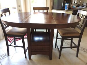 Expandable Dining table set(3 chairs)