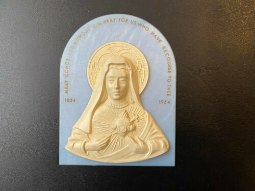 Sacred Heart of Mary 1954 plastic wall hanging plaque home decor catholic