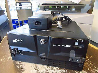 Digipos Retail Blade 965 C2D E7400 2,8Ghz / 2GB RAM 12/24V P-USB POS PC INCL PSU