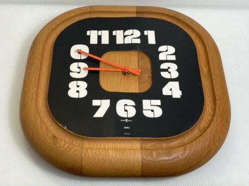 VTG Howard  Miller Wood Wall  Clock 622-731 Rare USA ZEELAND MICHIGAN (Read)