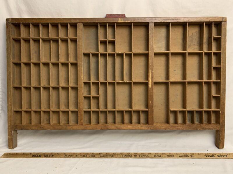 NICE VTG HAMILTON TYPE SET TRAY Printer Drawer Wood Cabinet Display Shadow Box