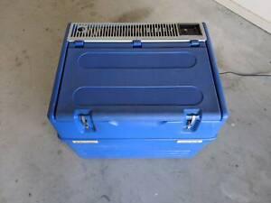 Chescold 3 way fridge / freezer - RC1180 50 litres