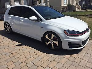 Golf GTI Performance pack comme neuve