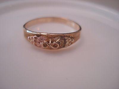 """Vintage 10K (41.7%) """"Black Hills Gold"""" Baby Ring Ornate Design - Size 4.00"""