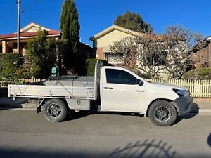 2017 Toyota Hilux Workmate 6 Sp Automatic C/chas